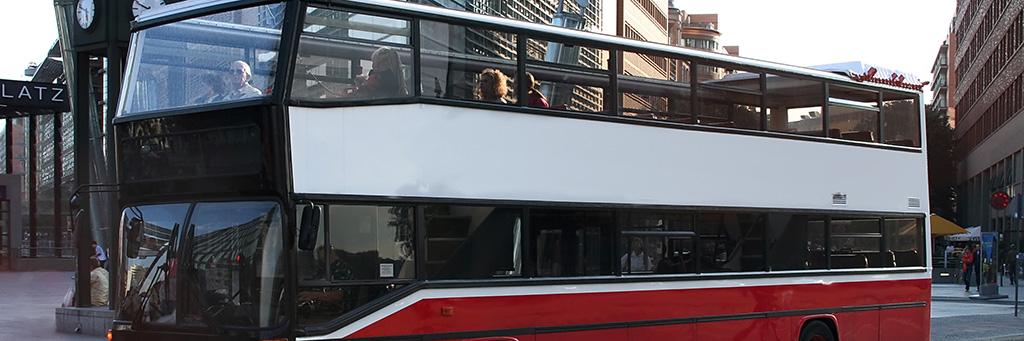 Tour Guidé de la Ville en double decker bus – bus à deux étages avec Citysights ! (réservable par nos soins)