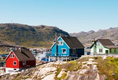 Au vert, sur la côte sud du Groenland