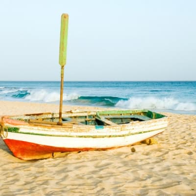 Pêche de fond à bord d'une barque de pêcheur capverdien