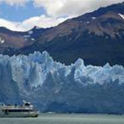 Sortie en bateau pour découvrir les glaciers