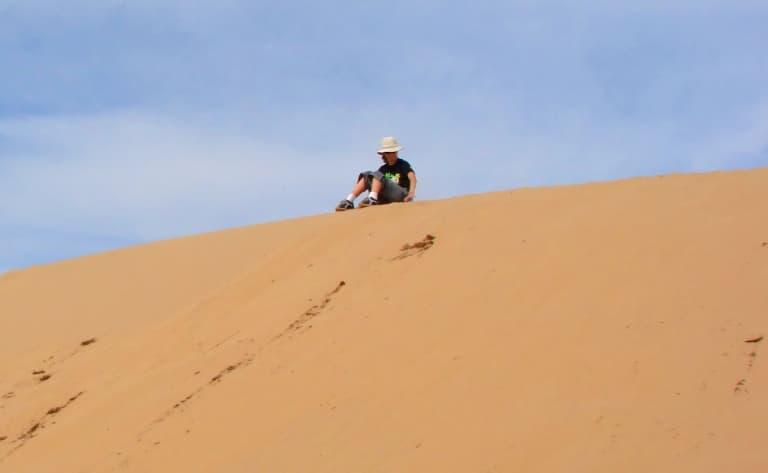 Descente en luge des dunes