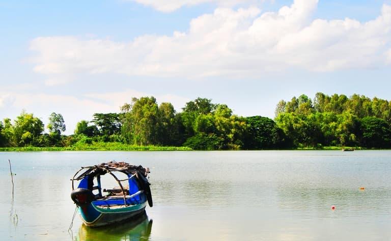 Croisière en bateau sur la rivière Ea Krong