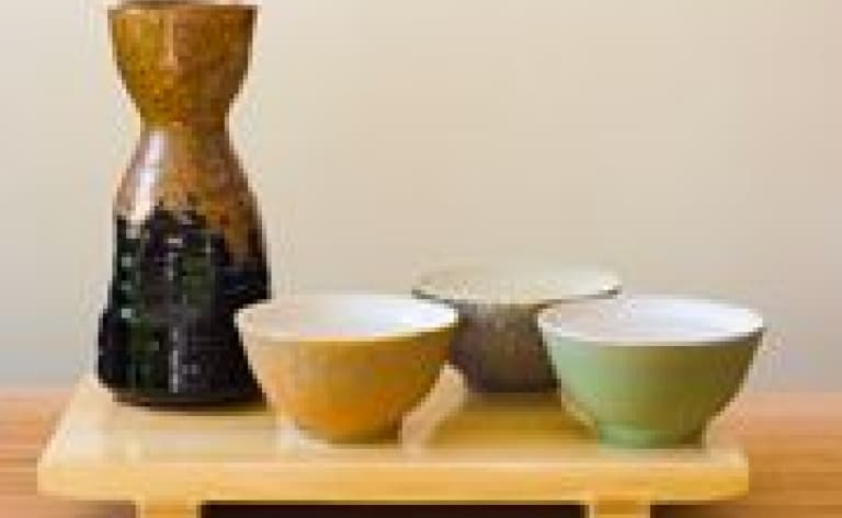 Sake-tasting in Fushimi