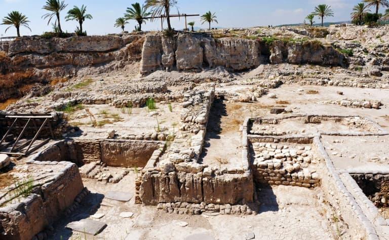 Visite des vestiges archéologiques de Megiddo