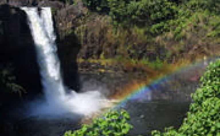 Randonnée pédestre pour les cascades