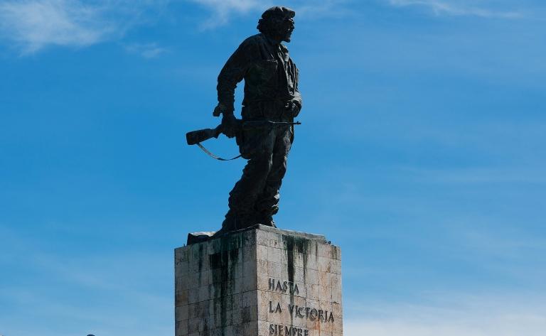 Visite de la ville du Che et le massif de la Sierra Escambray