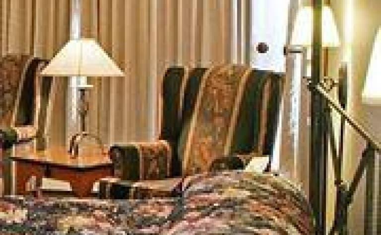 Hotel Whitehorse