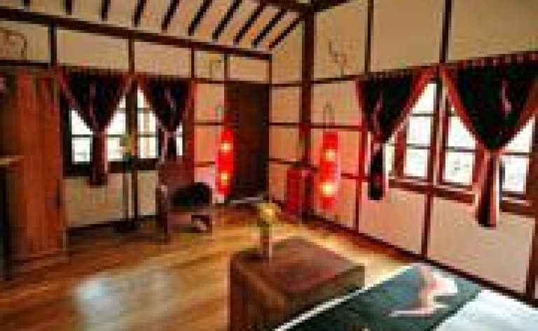 Hotel Muang La