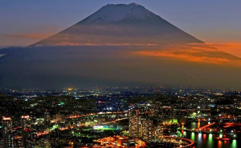 Le Mont Fuji et les cinq lacs