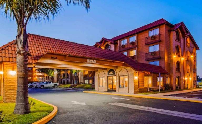 Hotel Lompoc