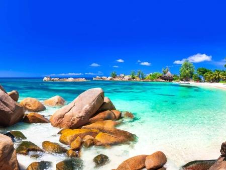 Vol au-dessus… des plus belles îles des Seychelles
