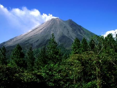 Fascinant volcan Arenal