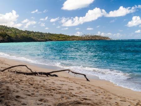 Direction Maguana et sa plage de sable blond
