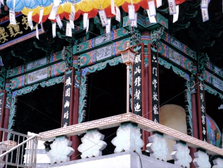 Do not miss the Kyongbok palace and Seoul Tower