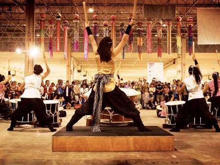 Cérémonie bouddhiste et arts traditionnels
