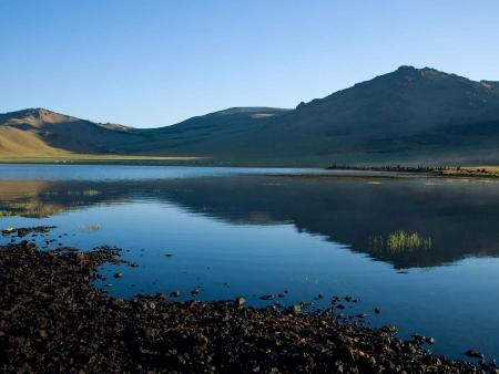 Lac blanc de Terkhin Tsagaan
