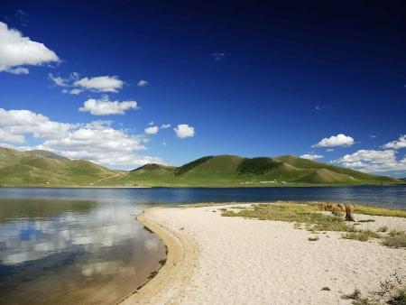 Du cratère de Khorgo à la vallée d'Ikh Tamir