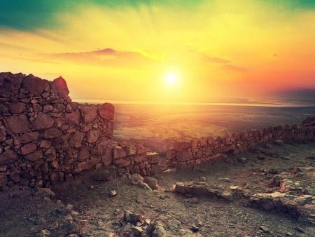 Forteresses, déserts et oasis hauts en couleurs