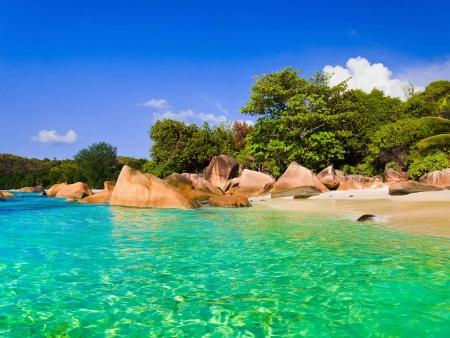 Journées libres à Praslin : l'île aux plages de rêves