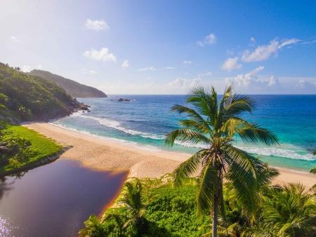 Départ pour Mahé, l'île principale des Seychelles