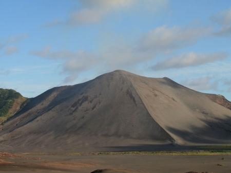 Au pied du volcan