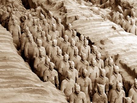 Balade bras-dessus, bras-dessous, sur les remparts de la ville de Xian