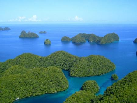 Le tour de l'île : cascades, marae et sable blanc