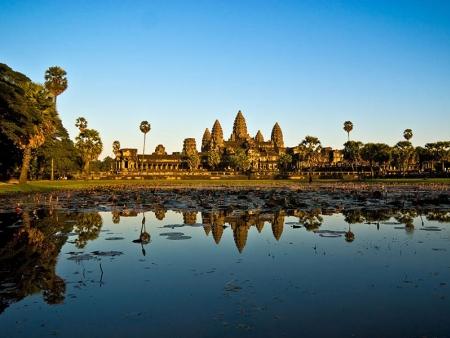 Temple Beng Mealea et survol d'Angkor en montgolfière