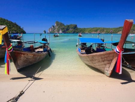 Plages et temples : une image de Thaïlande