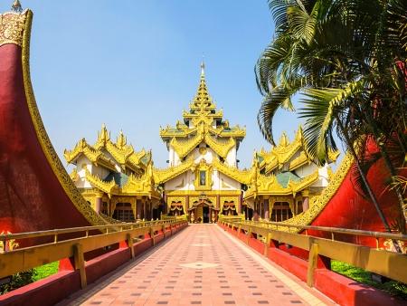 Arrivée et première découverte de Yangon