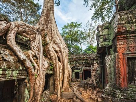 Ta Phrom et les artisans khmers