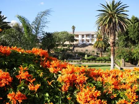Contrastes de la capitale namibienne et envol pour la France